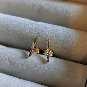 Jewelry - Rainbow studs